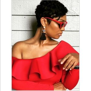 Chic By Camille, LLC Accessories - ✨🍷😎THE Diva Shades😎🍷✨